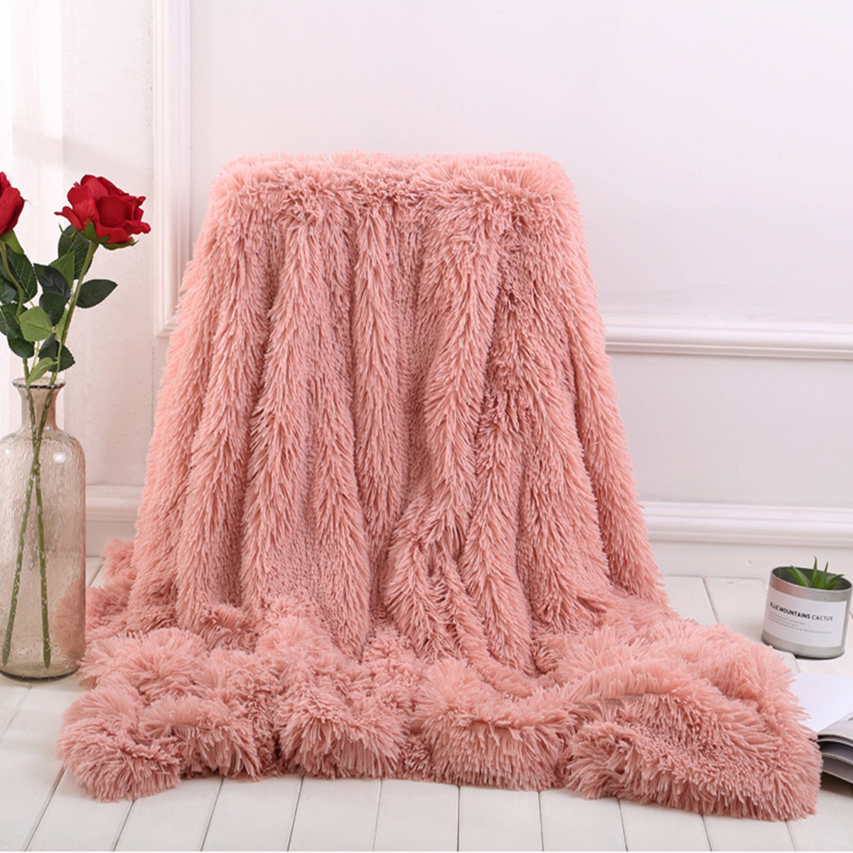 60X70 Throw Cream, 60X70 Throw Reafort Luxury Long Hair PV Fur Faux Fur Oversize Throw Blanket