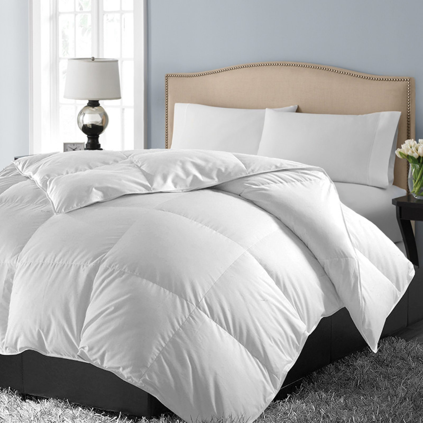 1000 Egyptian Down Alternative Comforter