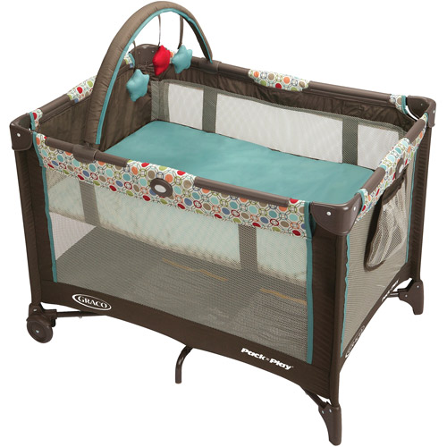 Graco Pack 'n Play On the Go Playard with Bassinet, Twister