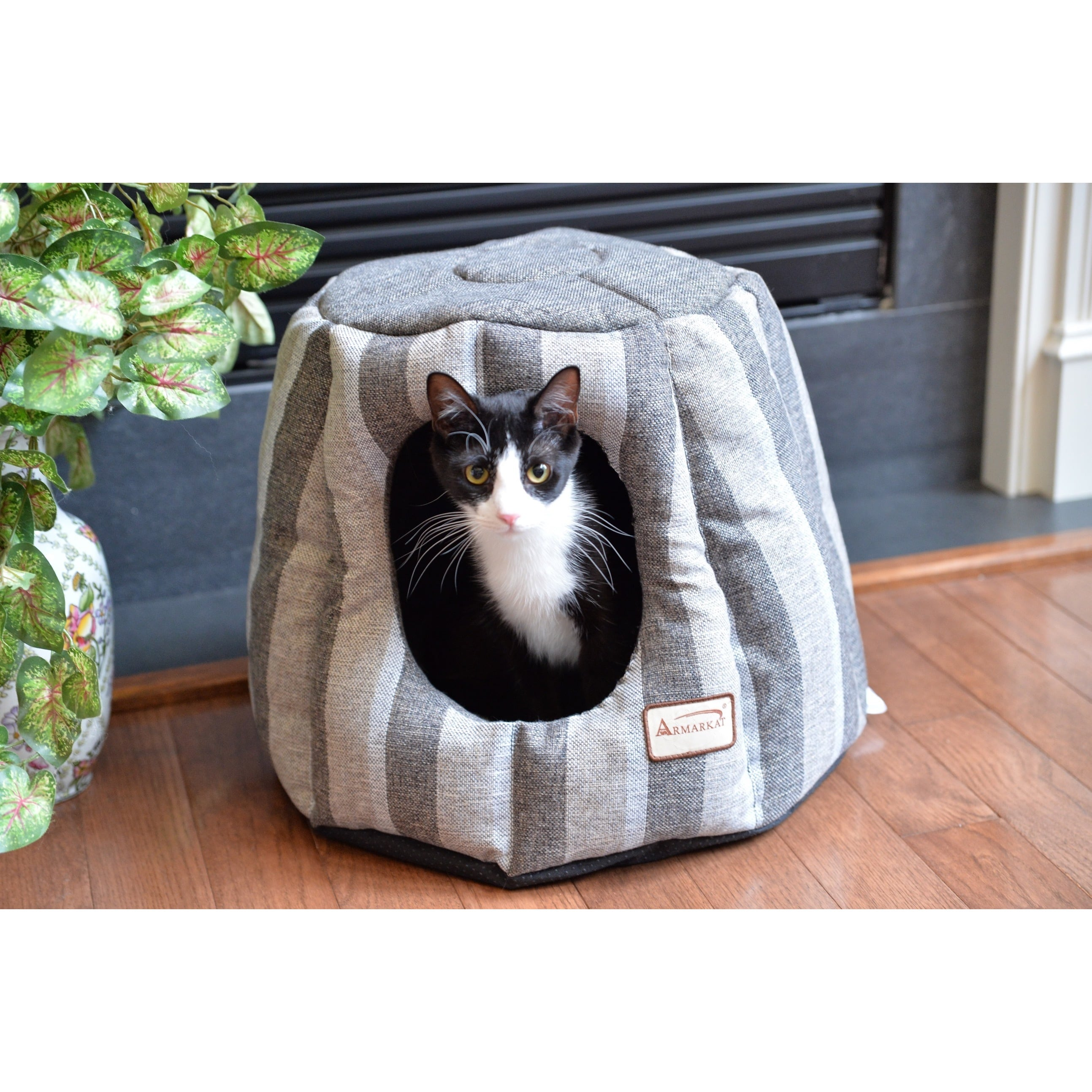 Armarkat  Pearl and Putty Heavy-duty Canvas Cat House/Bed