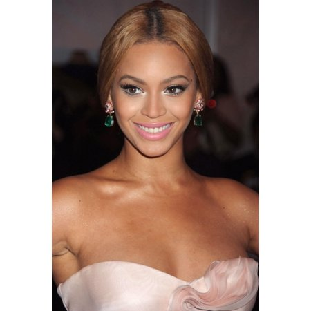 Beyonce At Arrivals For Superheroes Fashion And Fantasy Gala Metropolitan Museum Of Art Costume Institute New York Ny May 05 2008 Photo By Rob RichEverett Collection Celebrity (Beyonce Costumes For Sale)