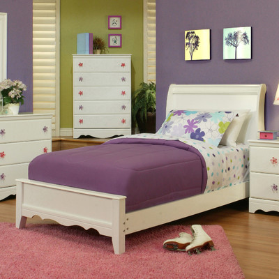 Bundle-42 Sandberg Furniture Dulce Sleigh Customizable Bedroom Set (4 Pieces)