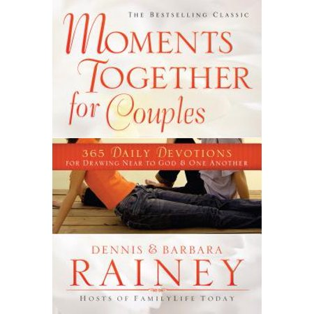 Moments Together for Couples : 365 Daily Devotions for Drawing Near to God & One Another ()