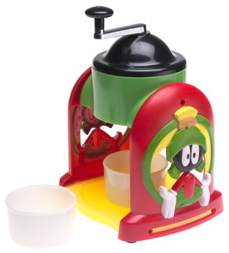 IS1LTM Marvin the Martian Ice Cone Maker, Makes snow cones and fruit slushes with ease By Looney Tunes