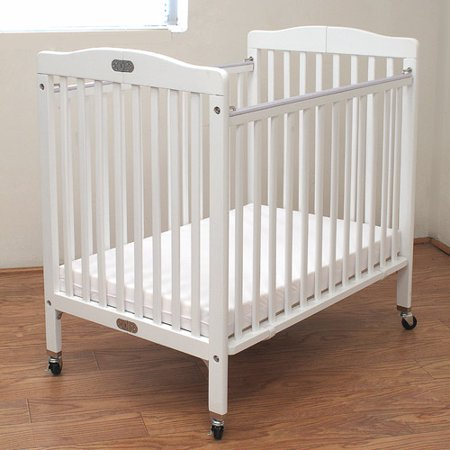 l a baby little wooden mini portable crib with mattress white. Black Bedroom Furniture Sets. Home Design Ideas