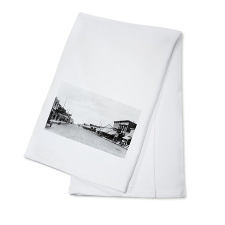 Anchorage, Alaska - A City Street Scene (100% Cotton Kitchen Towel)](Party City Anchorage)