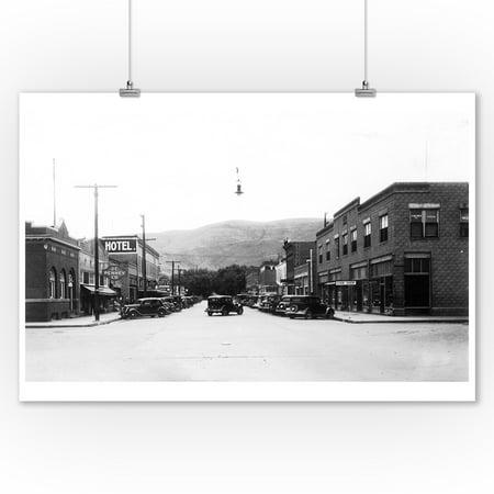 (Prosser, Washington - A Street Scene (9x12 Art Print, Wall Decor Travel Poster))
