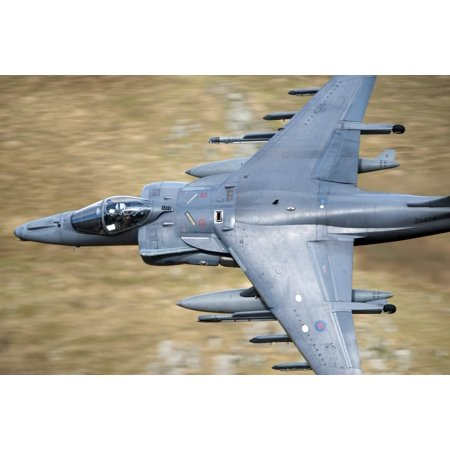 A Royal Air Force Harrier GR9 flying low over North Wales Canvas Art - Andrew ChittockStocktrek Images (18 x 12) ()