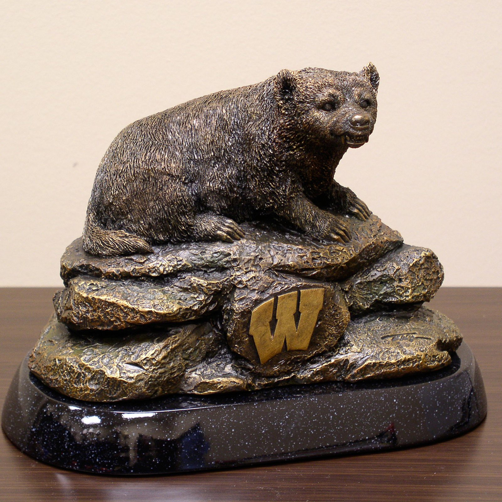 Wild Sports 8H in. Tim Wolfe College Mascot Sculpture - Pick Your Team