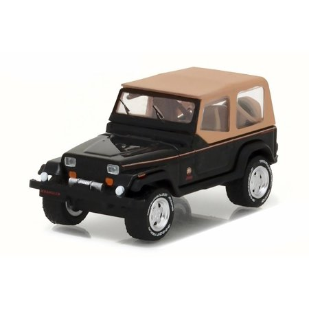 1994 Jeep Wrangler Sahara, Black & Tan - Greenlight 35070 - 1/64 Scale Diecast Model Toy Car (Spongebob Tan Scale)