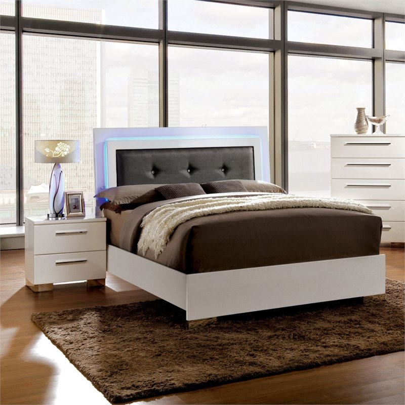Furniture of America Rayland 2 Piece King LED Panel Bedroom Set