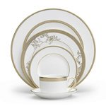 Wedgwood VERA LACE GOLD BREAD & BUTTER PLATE - Vera Lace Accent Plate