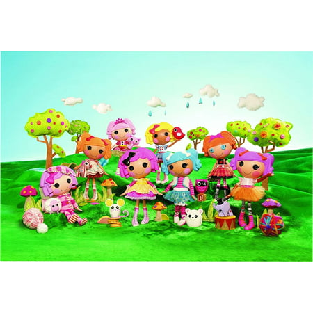 Lalaloopsy Bea Spells-a-Lot Mittens Fluff'N'Stuff Crumbs Sugar Cookie Pets Trees Edible Cake Topper Image