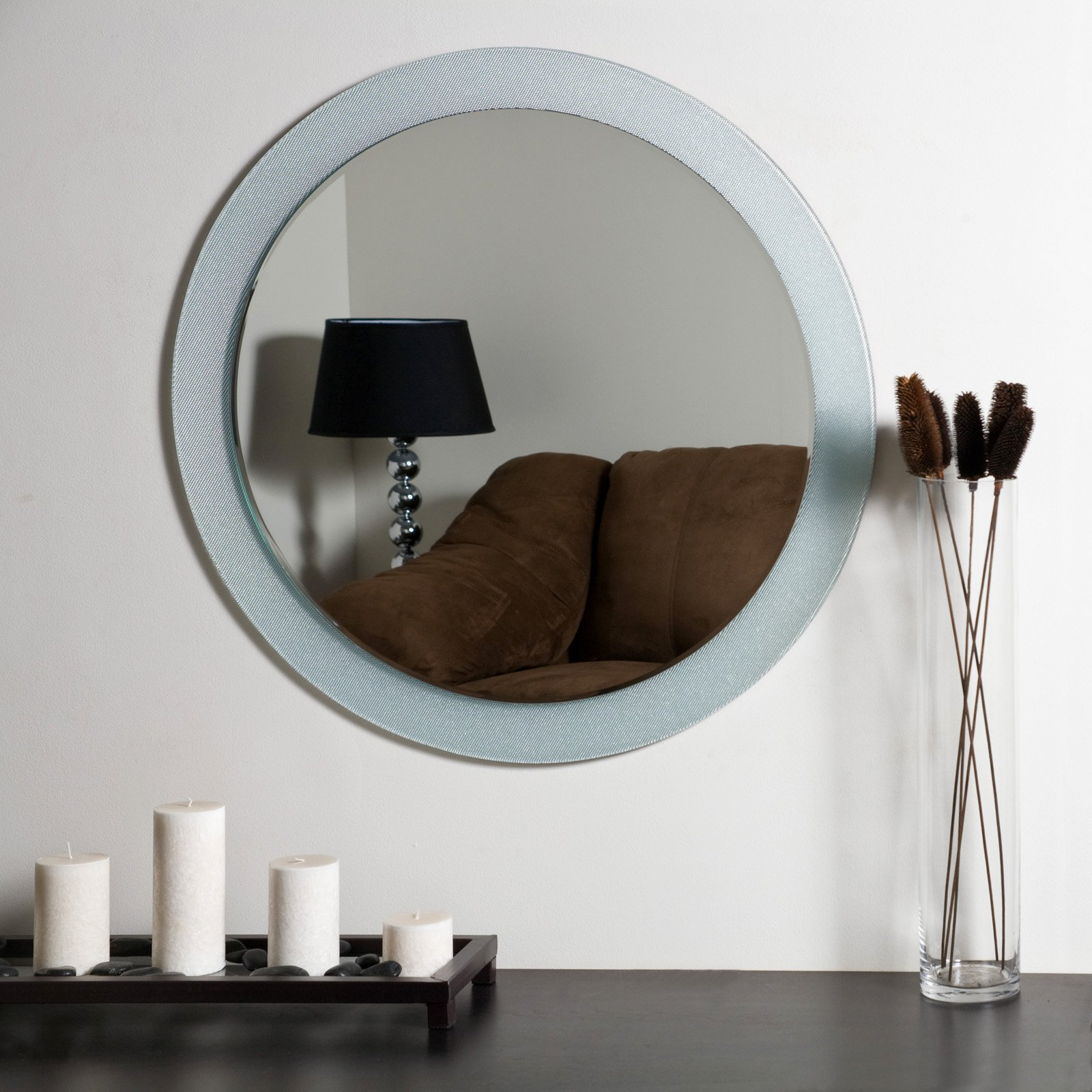 Décor Wonderland Zoe Modern Frameless Bathroom Mirror 27.6 diam. in. by Decor Wonderland of US