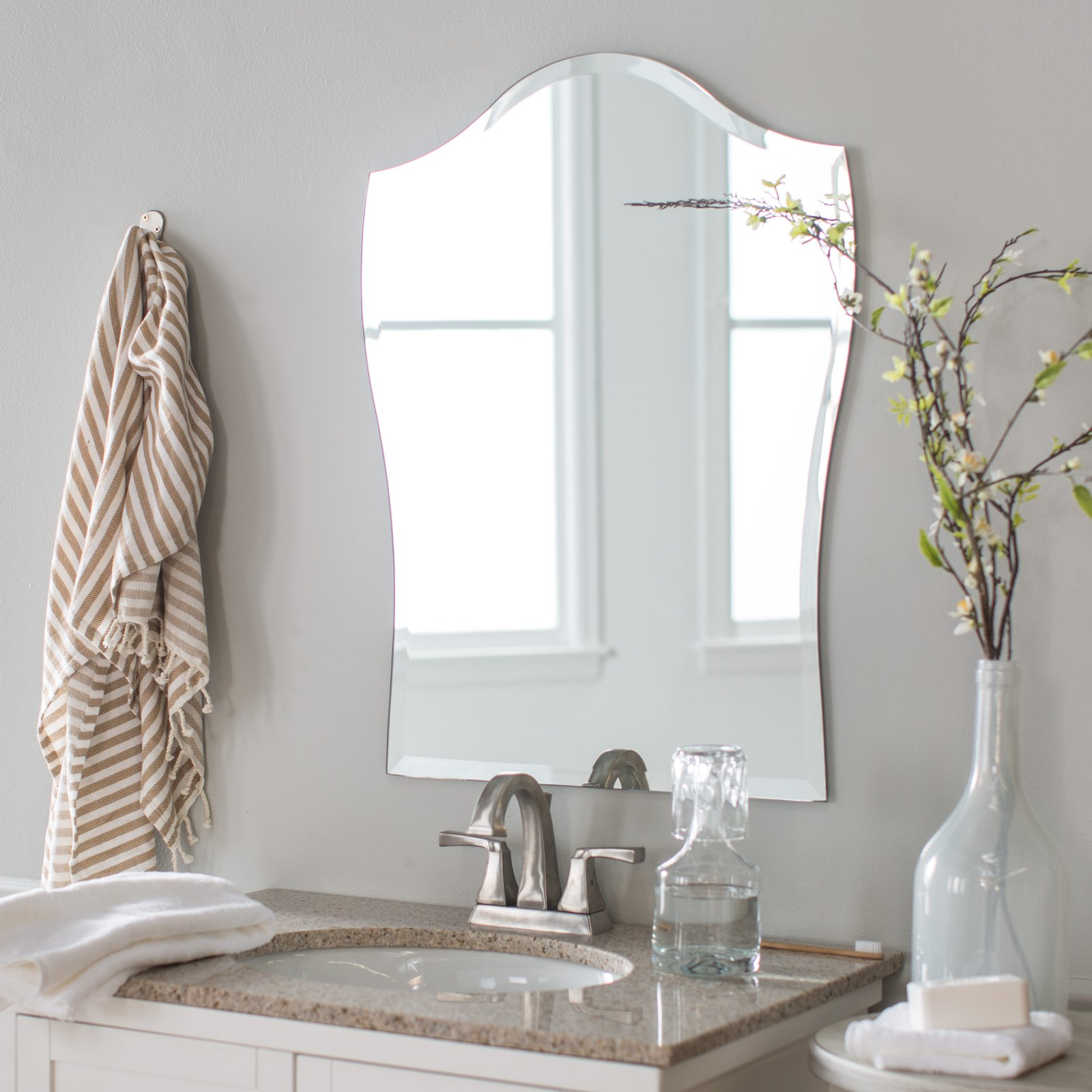 Decor Wonderland Alta Modern Bathroom Mirror 19.7W x 31.5H in. by