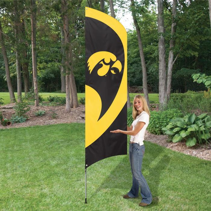 IOWA HAWKEYES 8' TALL TAILGATE FLAG
