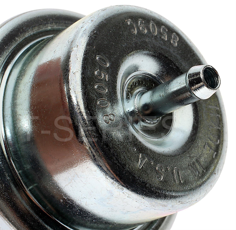 Standard Motor Products PR18T Fuel Injection Pressure Regulator