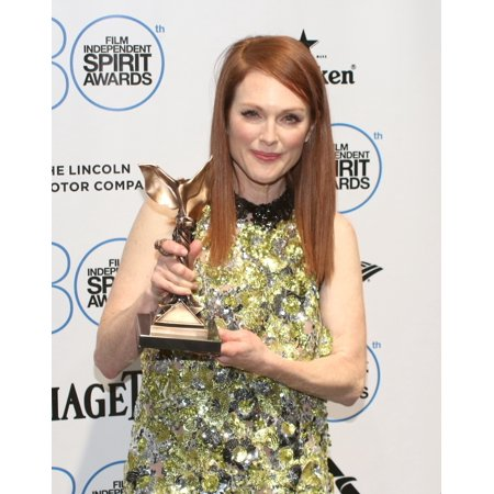 Julianne Moore Best Female Lead For Still Alice In The Press Room For 30Th Film Independent Spirit Awards 2015 - Press Room Santa Monica Beach Santa Monica Ca February 21 2015 Photo By James (Best Beaches In The World Photos)