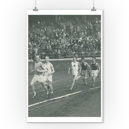 Racing Runners Vintage Poster  (9x12 Art Print, Wall Decor Travel Poster) - Racing Decor