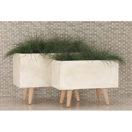 Decmode Set of 2 Modern 17 and 21 Inch Wood and Fiberclay Planters, White ()