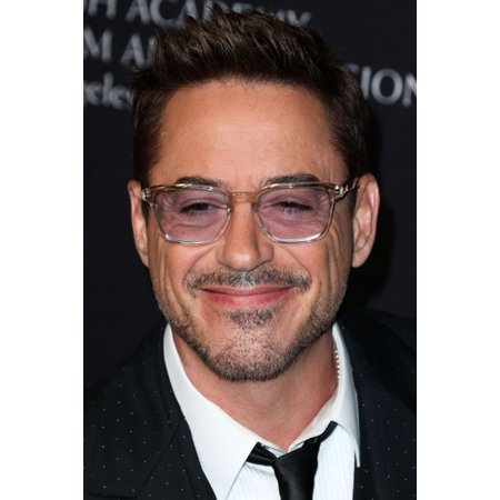 Robert Downey Jr At Arrivals For 2014 Bafta Los Angeles Jaguar Britannia Awards Presented By Bbc America And United Airlines Canvas Art     16 X 20
