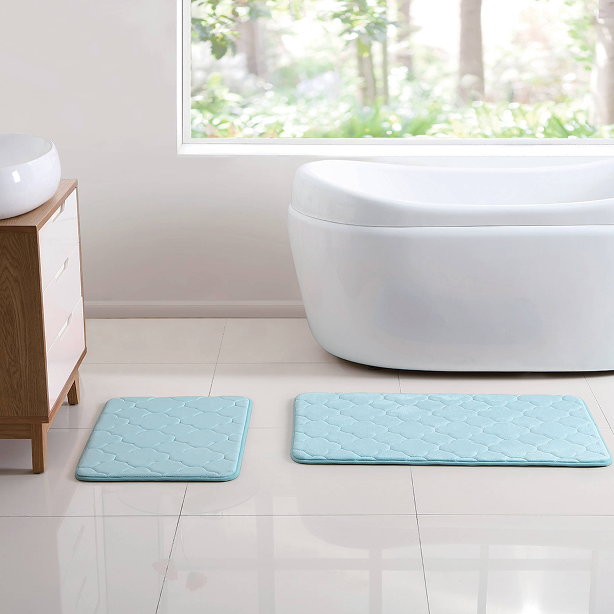 VCNY Home 2-Piece Quatrefoil Embossed Kaydence Memory Foam Bath Rug Set