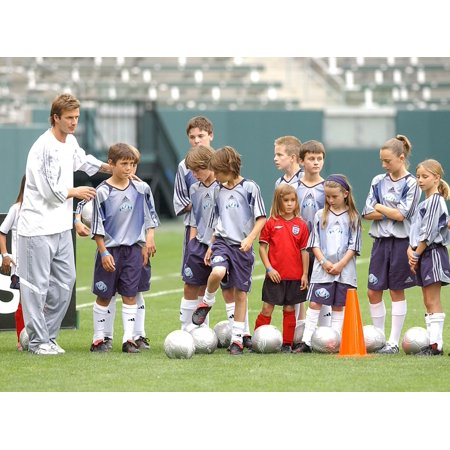 David Beckham Young Soccer Players At The Press Conference For David Beckham Launches Home Depot Soccer Academy The Home Depot Center Stadium Club Carson Ca June 02 2005 Photo By - Soccer Player Photo