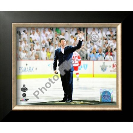 Mario Lemieux Ceremonial Puck Drop Game Three of t... Framed Photographic Print Wall Art ()