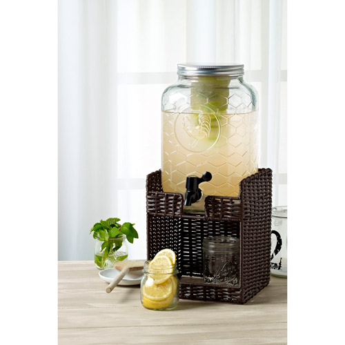 Tabletops Gallery 8-Liter Glass Chicken Wire Drink Dispenser with Double Infuse Insert and Seagrass Base