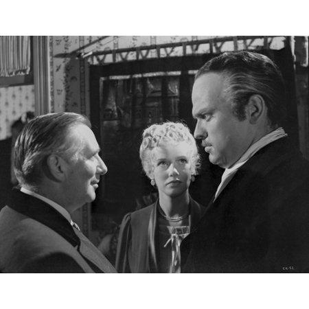Citizen Kane Three People Talking In Movie Scene Photo Print