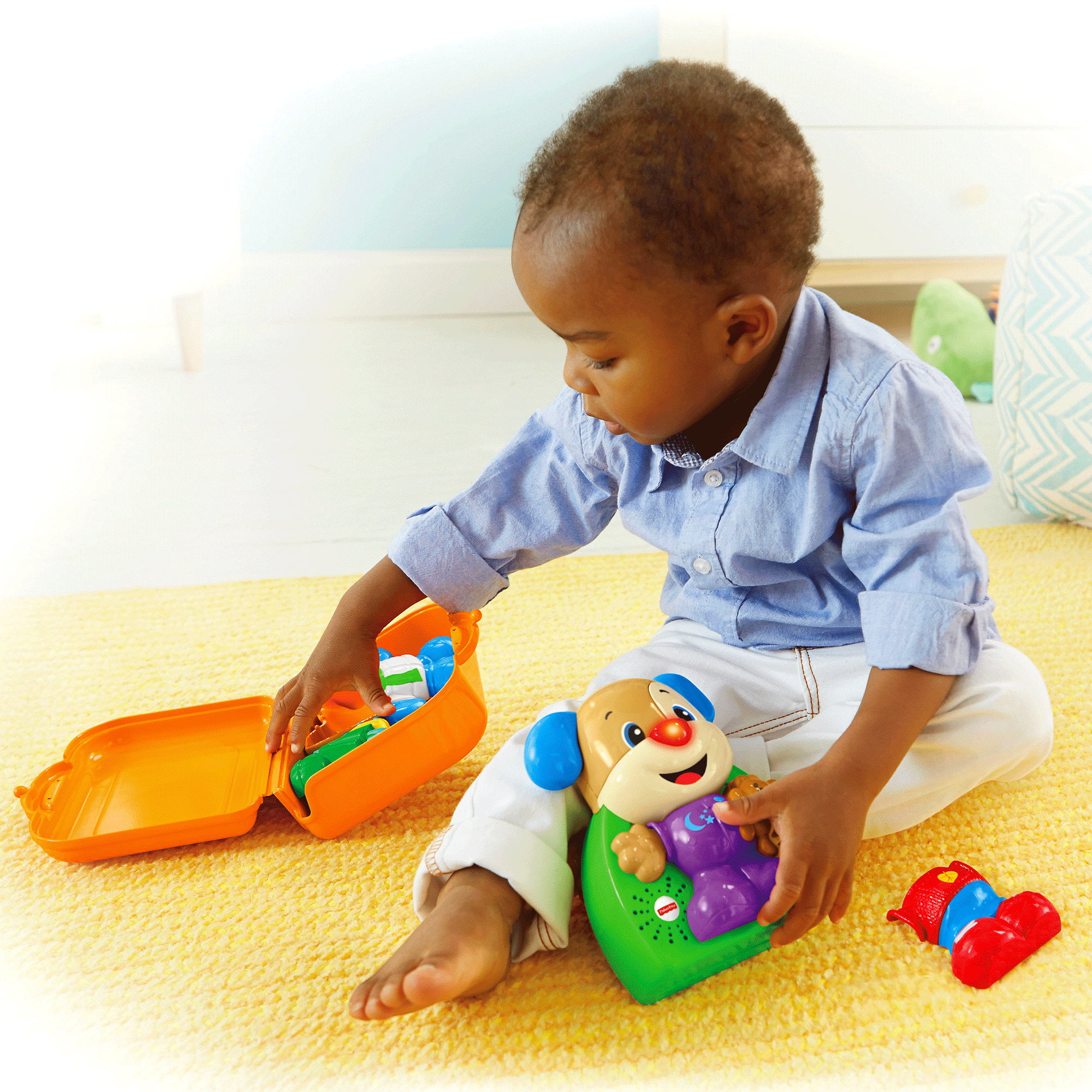 Fisher Price Laugh & Learn Dress & Go Puppy by Fisher-Price