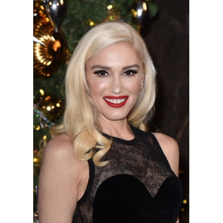 Gwen Stefani At A Public Appearance For Gwen Stefani Promotes Empire State BuildingS Holiday Light Show Empire State Building New York Ny November 20 2017 Photo By Derek StormEverett Collection Celebr - Halloween Light Show Empire State Building