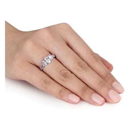 IGI Certified 1.00 Carat (ctw Color G-H Clarity I1-I2) Three Stone Diamond Engagement Ring 14K White Gold - image 4 de 5