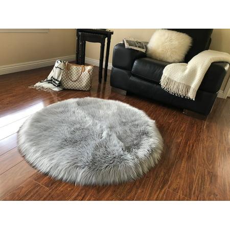 Soho Luxurious Faux Sheepskin Round Shape Grey Shag Area Rug ()