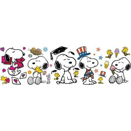Snoopy Summer (Eureka EU-847684BN Spring Summer Snoopy Pose Bulletin Board Set - Set of)
