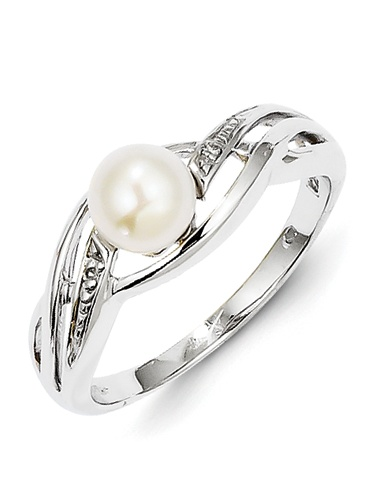925 Sterling Silver Simple Braid Style White Freshwater Cultured Pearl and Diamond Ring