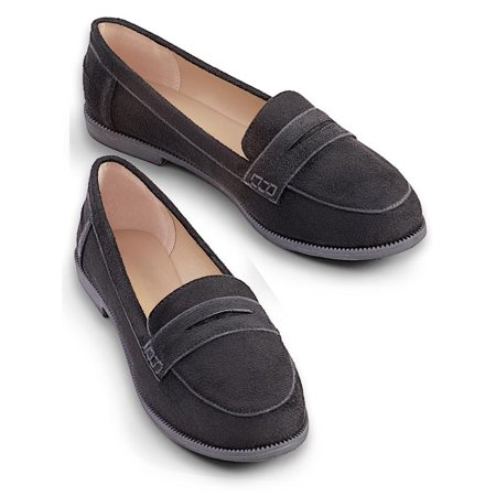 Collections Etc Women's Classic Penny Loafers BLACK 10 ()