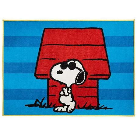Peanuts Snoopy Nylon Room Rug 4 6 Quot X 3 9 Quot Walmart Com