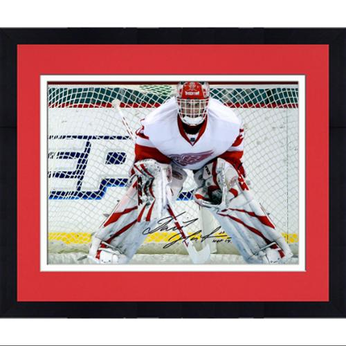 """Framed Dominik Hasek Detroit Red Wings Autographed 16"""" x 20"""" Photograph with HOF 2014 Inscription - Fanatics Authentic Certified"""