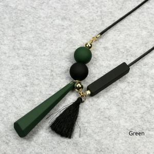 Fancyleo Sweater Chain Women Tassel Necklace Bead Pendant Plastic Resin Chain Geometric Style