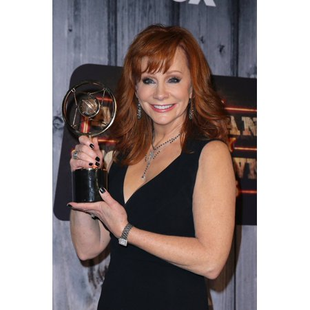 Reba Mcentire In The Press Room For 2014 American Country Countdown Awards - Press Room Music City Center Nashville Tn December 15 2014 Photo By MoraEverett Collection Celebrity](Party City In Nashville Tn)