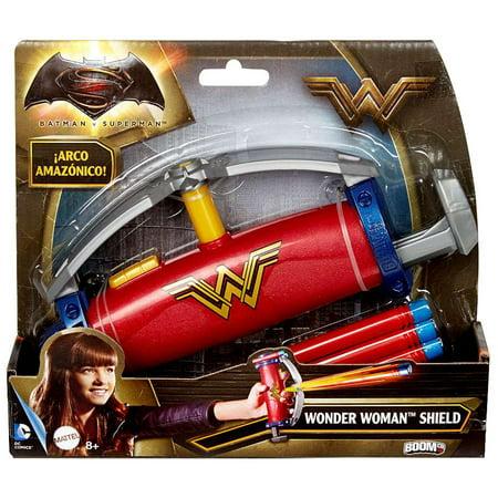 Batman Gauntlets (DC Batman v Superman: Dawn of Justice Gauntlet Grip Wonder Woman)