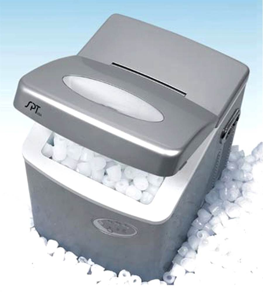 Portable Ice Maker w 3 Different Cube Sizes for 35 lbs. Per Day