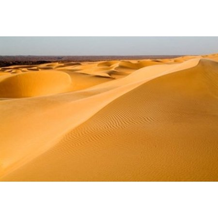 Mauritania Adrar Amatlich View of the desert Canvas Art - Aldo Pavan DanitaDelimont (35 x 24)