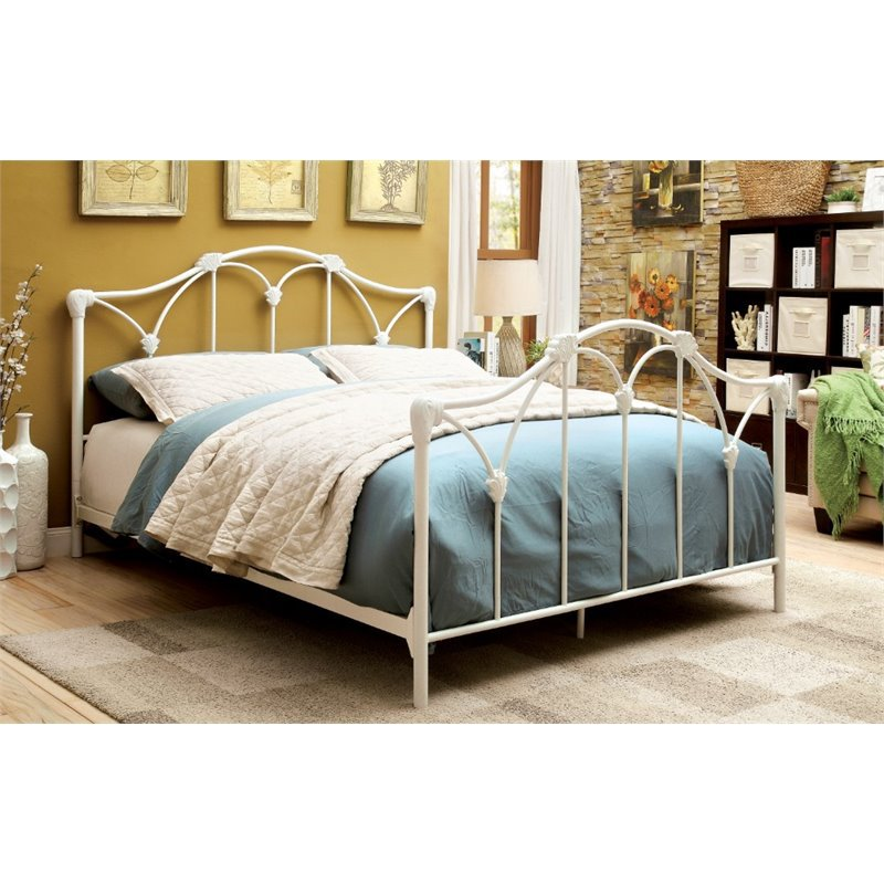 Furniture of America Maribell Full Metal Bed in White