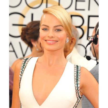Margot Robbie At Arrivals For 71St Golden Globes Awards   Arrivals 2 The Beverly Hilton Hotel Beverly Hills Ca January 12 2014 Photo By Linda Wheelereverett Collection Photo Print