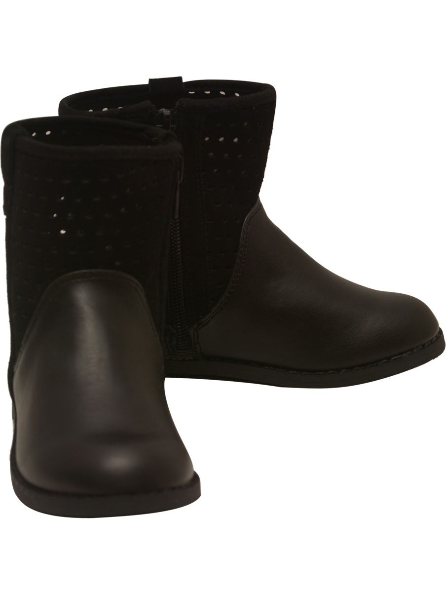 L'Amour Girls Black Genuine Suede Perforated Upper Boots 11-4 Kids