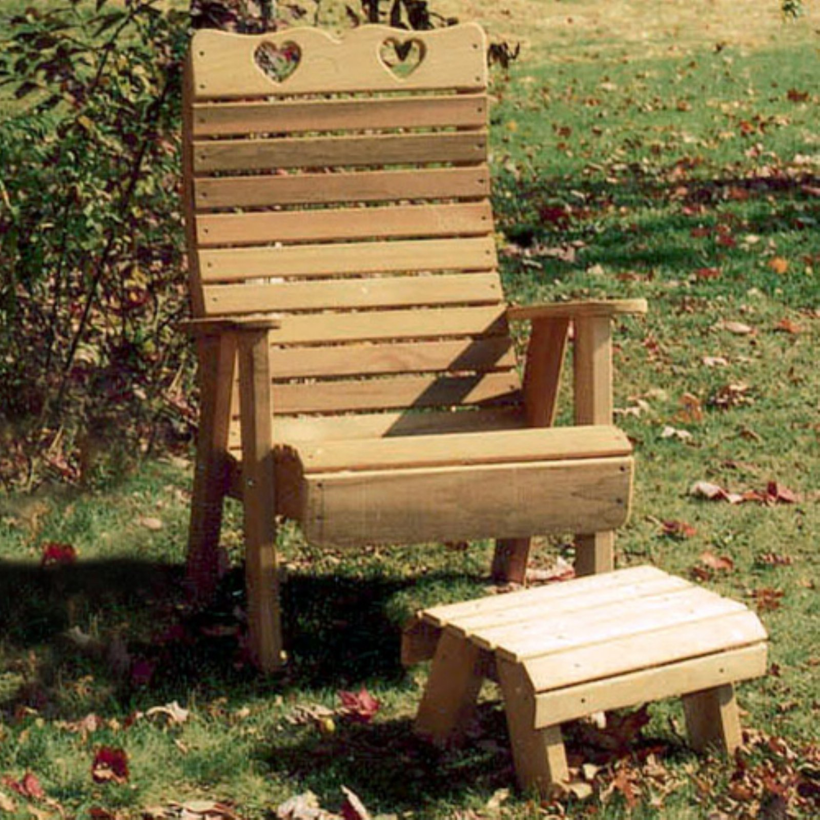 Creekvine Designs Country Hearts Cedar Patio Chair and Footrest 2 pc. Set