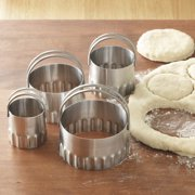 RSVP International - Endurance Round Biscuit Cutters, Rippled (Pack of 4)