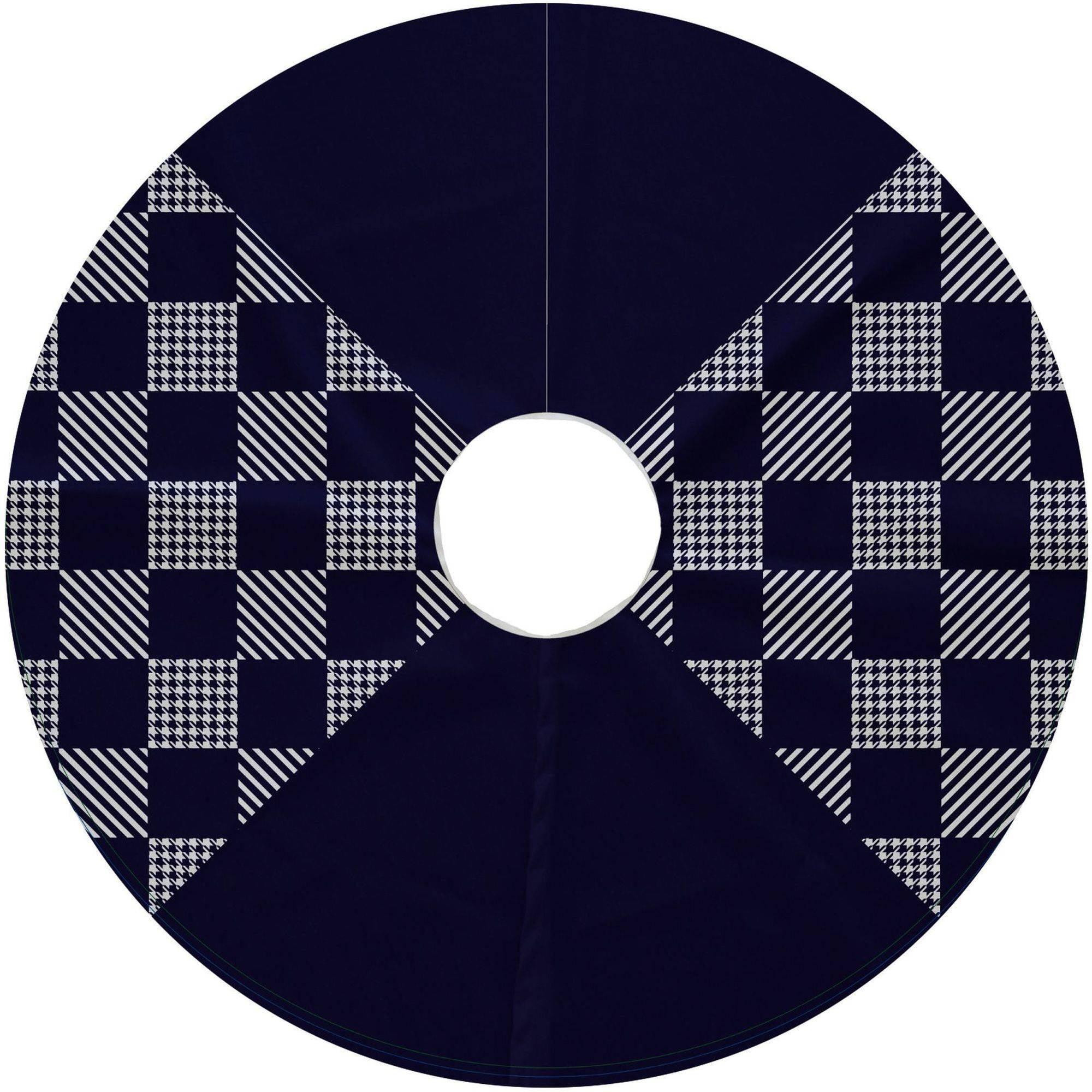 Simply Daisy, 44 Round, Check It Twice, Geometric Print Tree Skirt